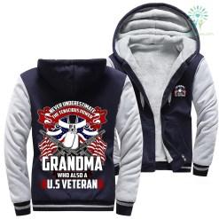 familyloves.com Never underestimate the tenacious power of a grandma who also a U.S veteran woman hoodie %tag