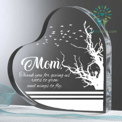 familyloves.com Mom, Thank you for giving us roots to grow and wings to fly Heart Keepsake %tag