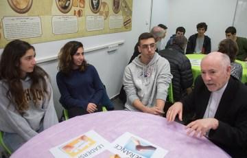 Bishops meet with students at Jewish School in Jerusalem