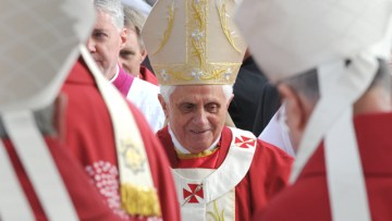 Pope Benedict XVI Confirms Apostolic Visit to Britain