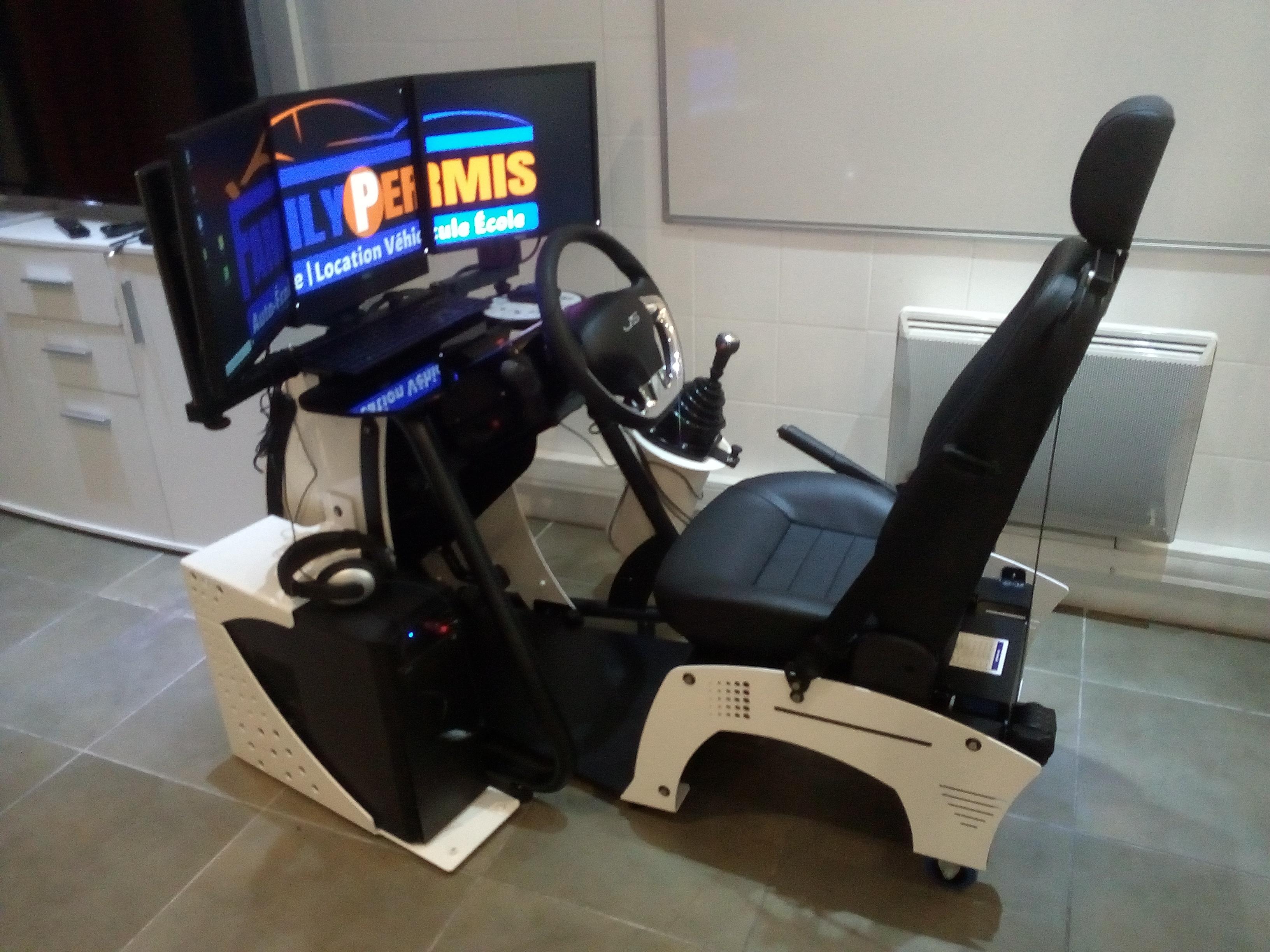 Location véhicule double commande FAMILY PERMIS AIX-EN-PROVENCE (13100)