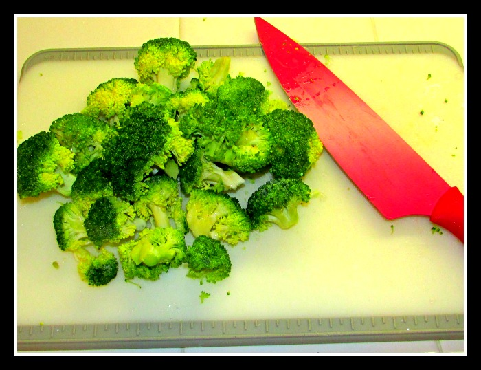 Farm-Fresh-To-You chopped broccoli