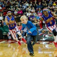 Win 4 free tickets to the Harlem Globetrotters