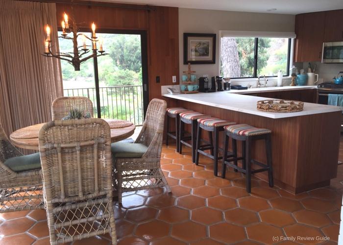 treehouse-kitchen