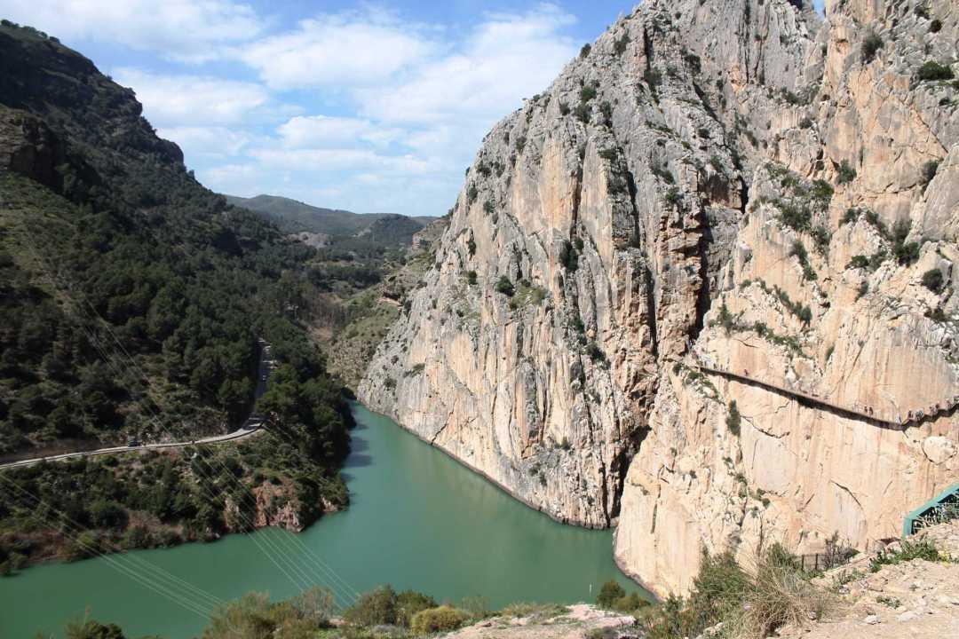 Caminito del Rey Málaga paisaje embalse