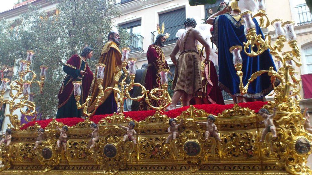 Trono en la Semana Santa de Málaga