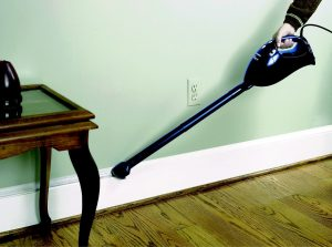 black-decker-vh780-vacuum-skirting