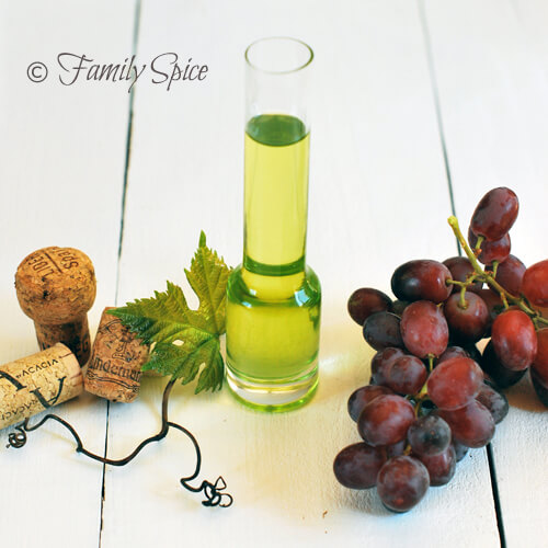 A Lesson on Oils: Grape Seed Oil by FamilySpice.com