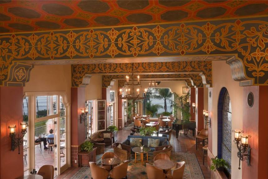 La Sala Lounge at La Valencia Hotel