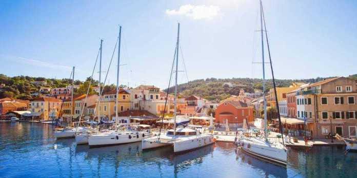 uncrowded Greek islands