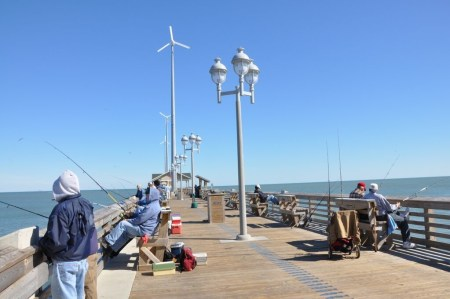 Outer Banks Vacation, fishing at Jennette's Pier