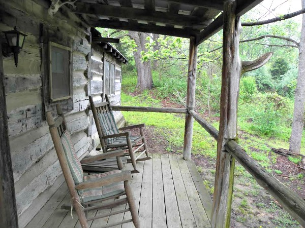 front-porch-at-the-homestead