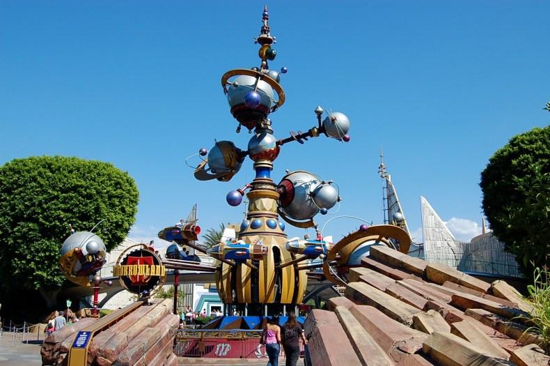 Astro Orbiter Disneyland Paris