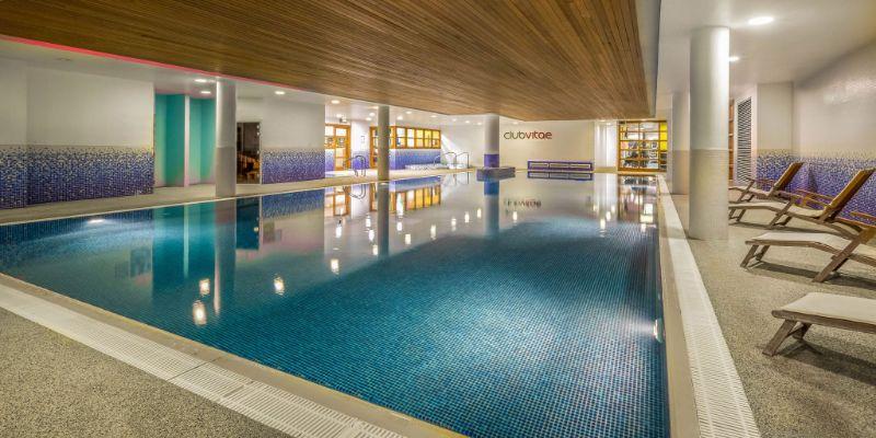 Pool-Clayton-Hotel-Cardiff-Lane