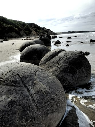 Not tank traps but naturally occuring rocks.