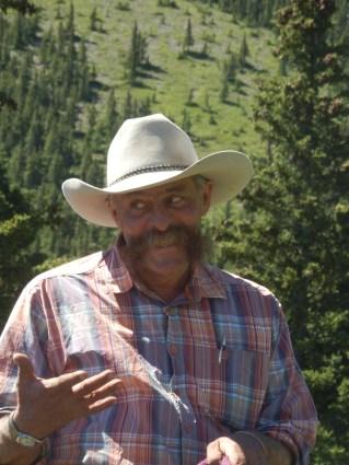 Cowboy Ron discussing lamb cutlets