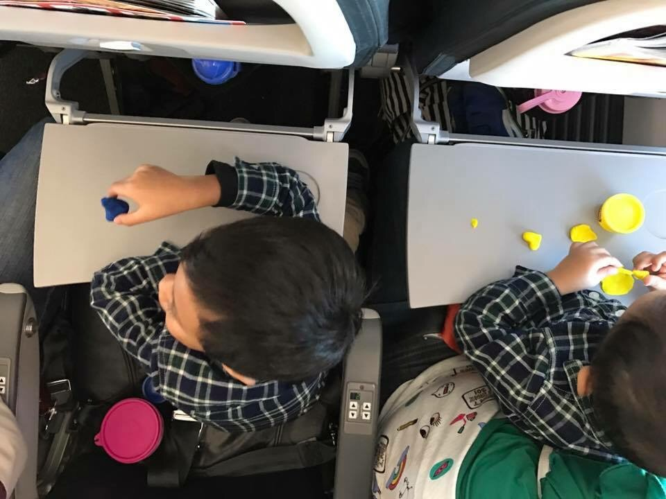 10 tips to survive baby's first flight