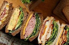 スタバ、新作サンドイッチ