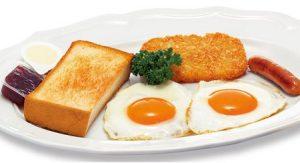 ロイヤルホストモーニング「Royalモーニング フライエッグ&トースト」