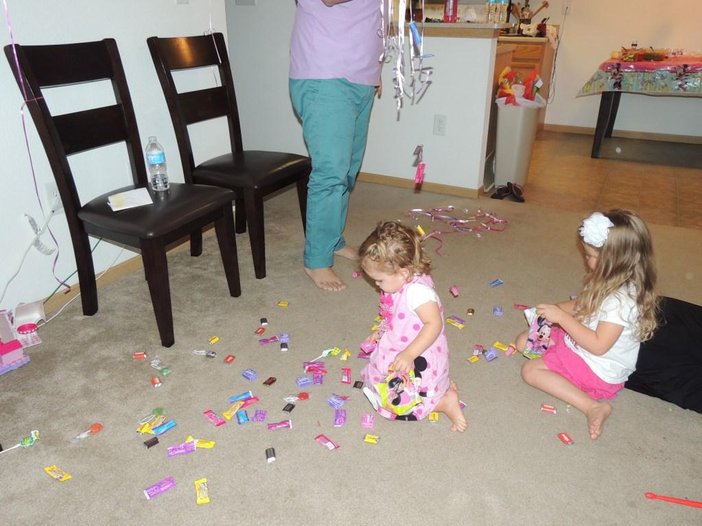 La parte más divertida de la fiesta, recoger los dulces!