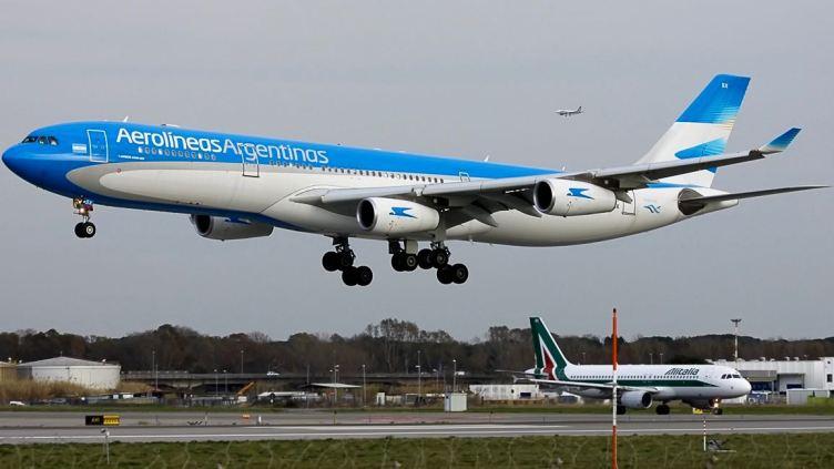 Aerolineas Argentinas Airbus A340 a Roma FCO - ©mau947