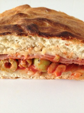 pizza-calzone-2.33mo-famoh