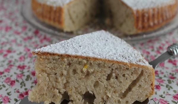 Gâteau moelleux à la banane et citron.