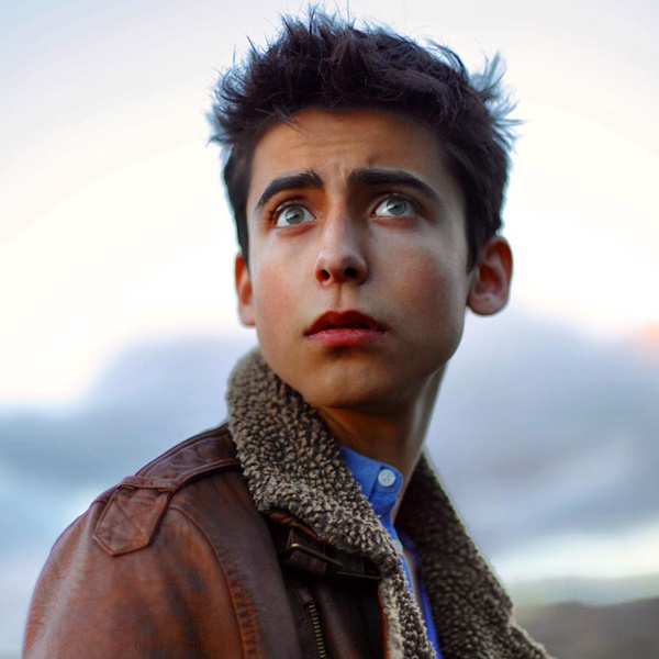 Aidan Gallagher cute picture