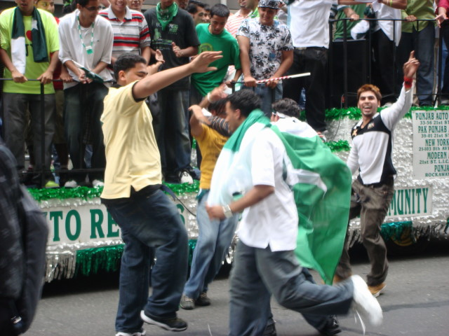 Pakistan Day Parade - dancers1