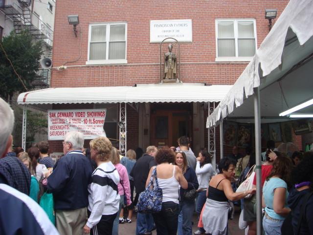 20070915-feast-of-san-gennaro-04-church.jpg