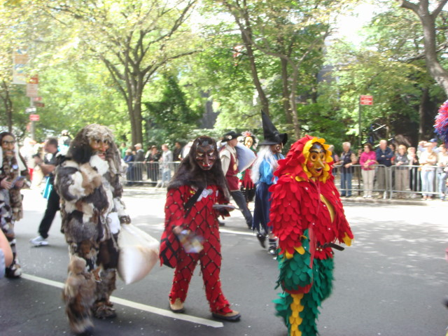 20070915-steuben-parade-25-trolls.jpg
