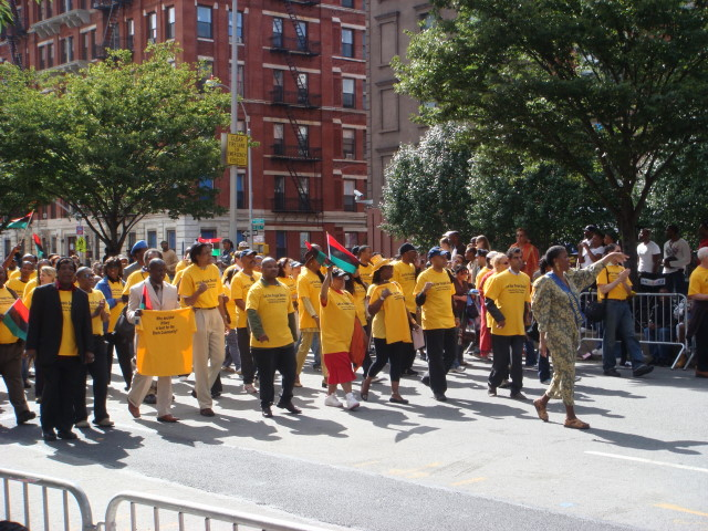 20070916-african-american-parade-10-clinton-versus-obama.jpg