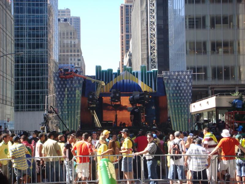 brazilian-day-03-setup-crowds-beginning.jpg