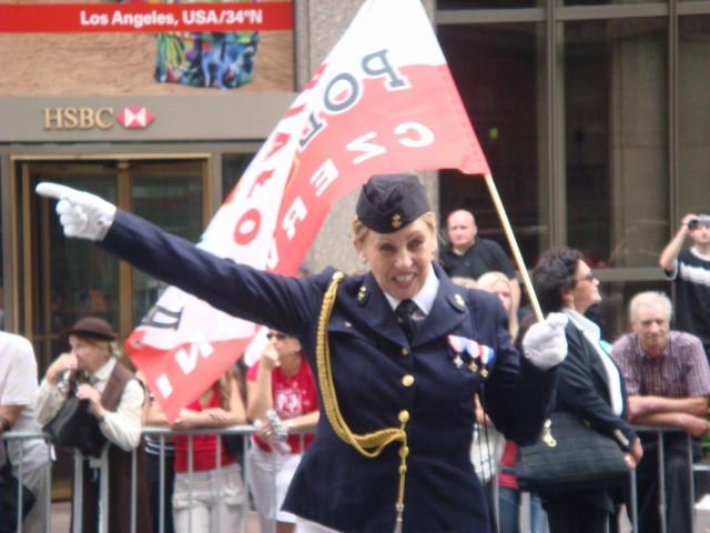 20071007-pulaski-parade-07-exuberant-military-woman.jpg