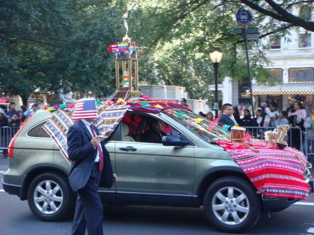 20071014-hispanic-columbus-day-04-bolivian-car.jpg
