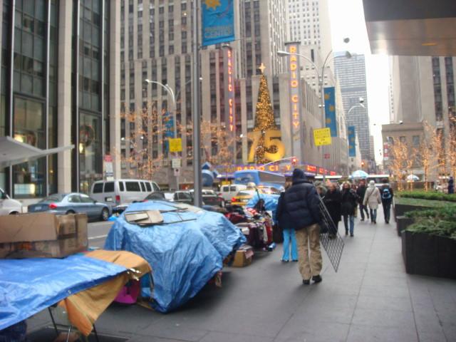 071209-street-vendors-on-50th-street.jpg