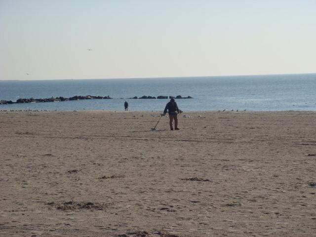 20071228-coney-island-10-beach.jpg