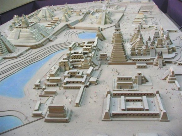 Tikal a