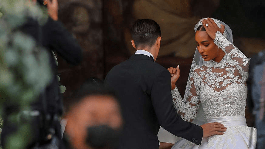 Wedding: 65 years after Grace Kelly, Jasmine Tookes puts on a wedding dress worthy of a princess 1