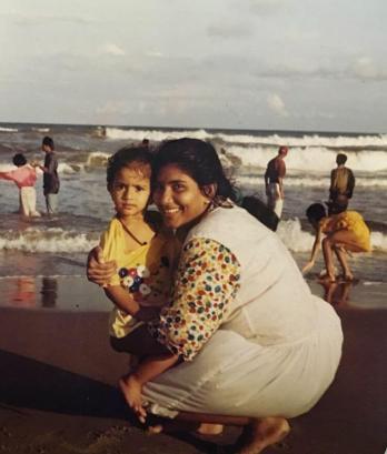 Sai Pallavi Childhood Image With her mother