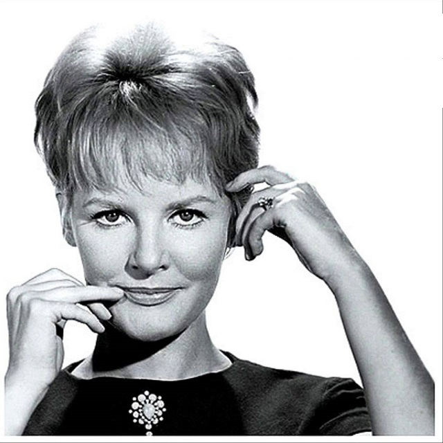 This is My Song Charlie Chaplin's theme music for A Countess in Hong Kong Lyrics by Charles Chaplin Recorded by Petula Clark in 1967