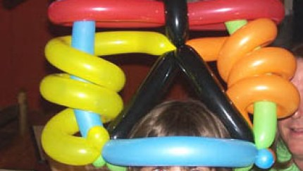 Clown Tutorial - twisting balloon animals, part 1