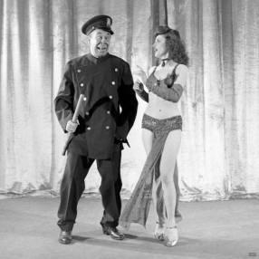 Bert Lahr as a police officer