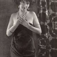 Mae Busch biography