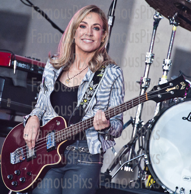 FamousPix: 04/19/2017 - Sheryl Crow Performs on Today Show &emdash; Sheryl Crow