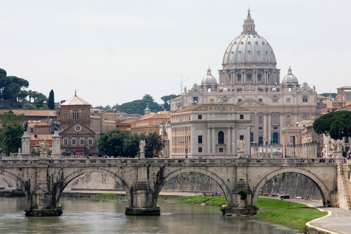 https://i0.wp.com/famouswonders.com/wp-content/uploads/2009/03/st-peters-basilica.jpg