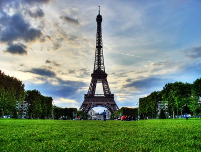 Eiffel Tower Pictures History, Facts & Location - Paris,