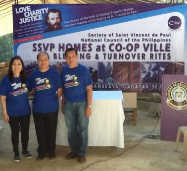 Vincentians hand over 50 houses to typhoon victims
