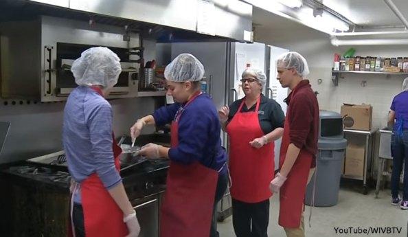 Niagara University Students Helping Their Local Community