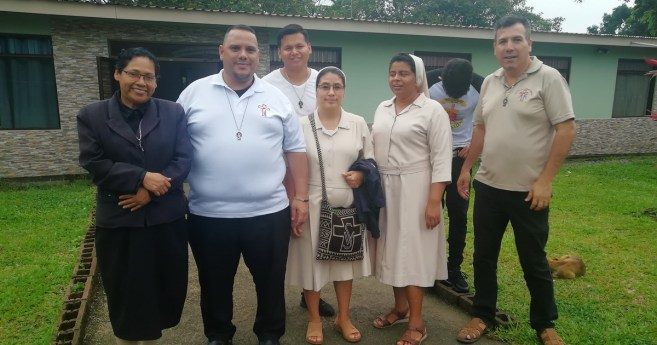 "The Daughters of Charity Visited the ""Ángel de Amor"" Foundation in Costa Rica"